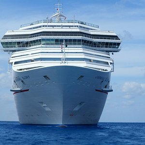 cruise-ship-holidays-cruise-vacation-68737.jpeg